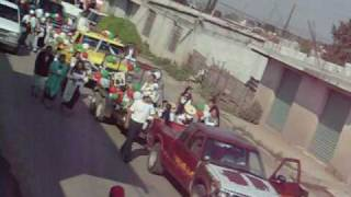 desfile de escuela escudo nacional