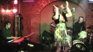 """Юлія Рома та Night Groove """"Меланка"""" Біс 06.01.2011"""
