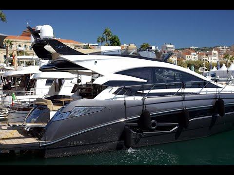 Cobrey Yachts in Cannes | Motorowy.com
