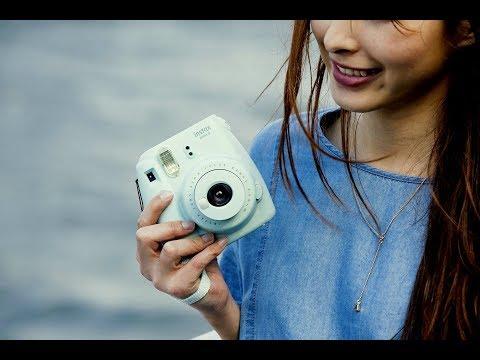 Fujifilm Instax Mini 9 Review - Great Design & Easy to use Instant Film Camera