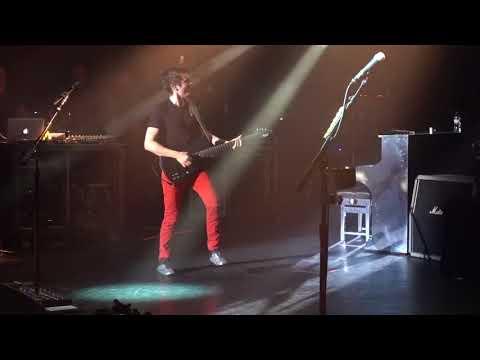 Muse  Stockholm SyndromeAgitatedYes Please   Request show  Paris La Cigale February, 24 2018