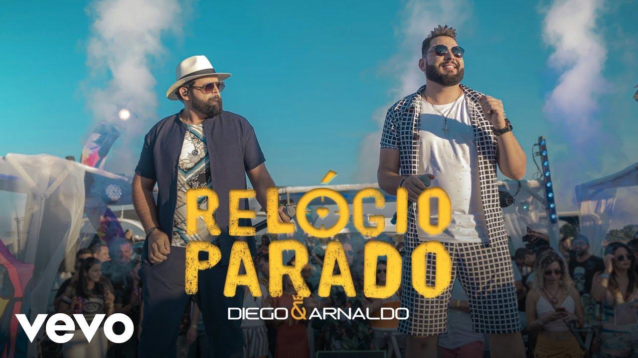 """Thumbnail do vídeo """"Diego & Arnaldo - Relógio Parado (Ao Vivo)"""""""