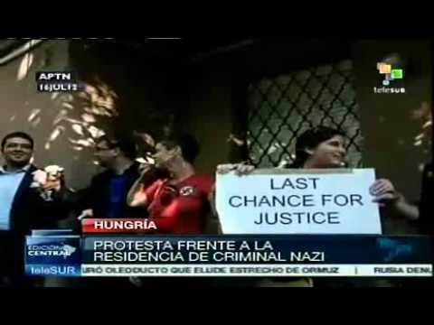 Activistas protestan contra criminal nazi Laszlo Csatary
