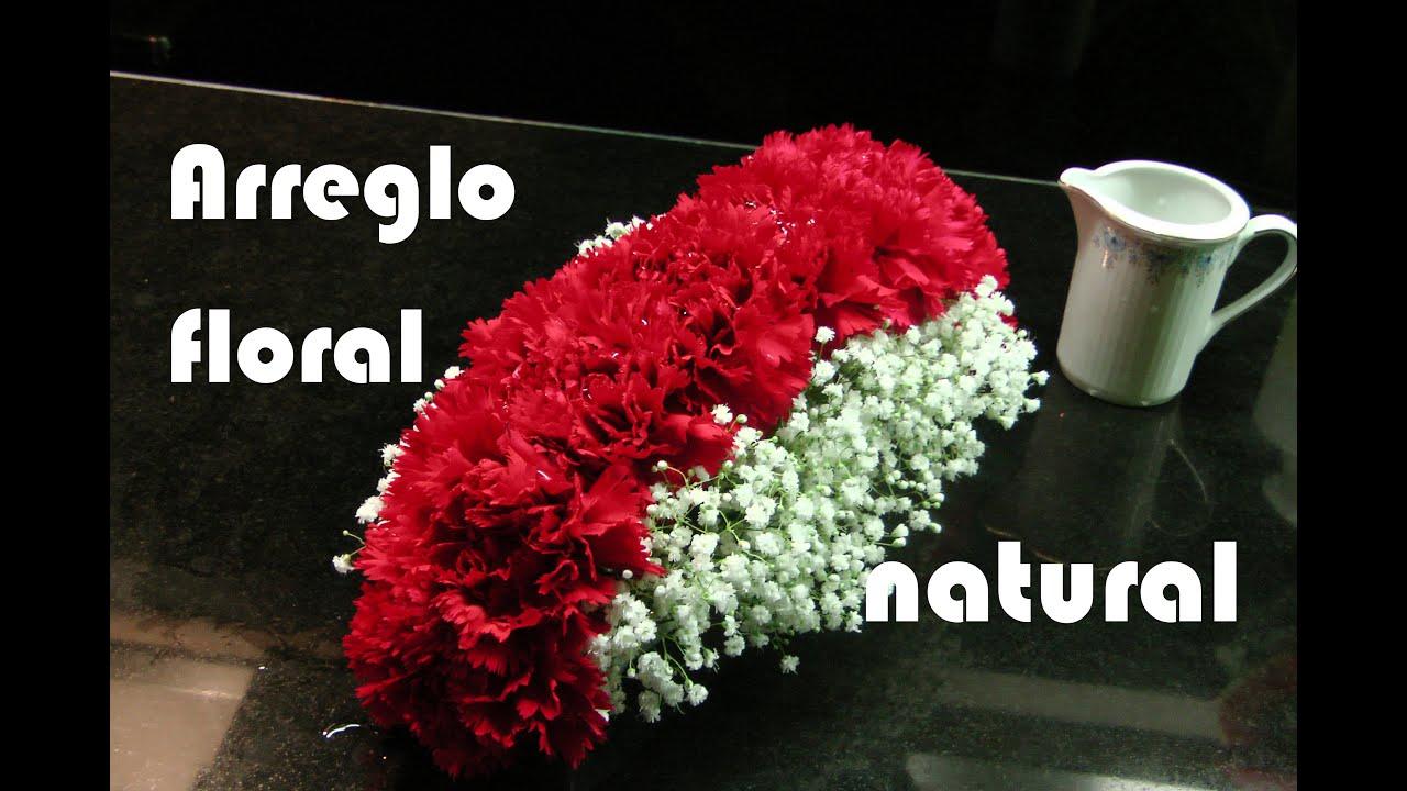 Como hacer arreglo floral con claveles rojos centro de for Como hacer una mesa de centro