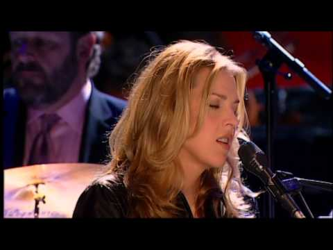 Diana Krall - The Love Of Love (LIVE In Paris - Full HD)