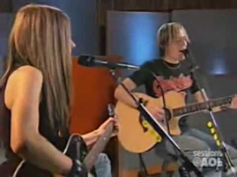 Avril Lavigne - He wasn't (acoustic)