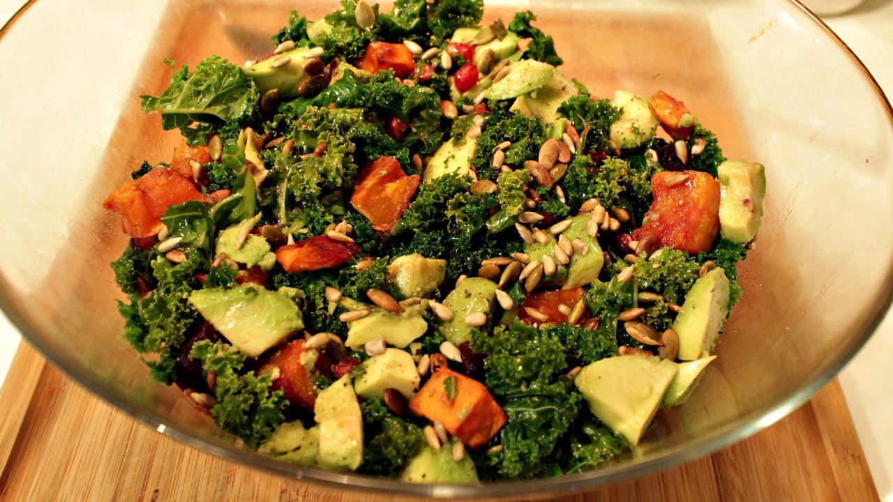 Superfood Salad with Kale