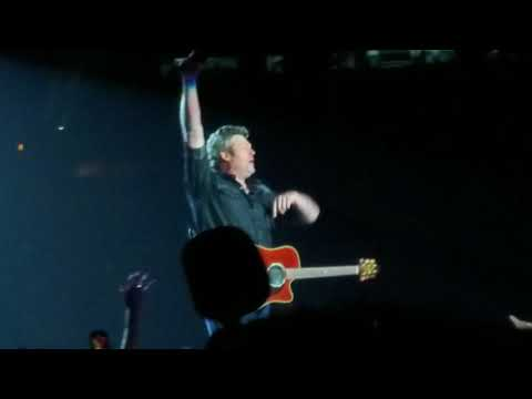 Blake Shelton - Boys 'Round Here Live Atlanta - 3/8/18 Country Music Freaks Tour