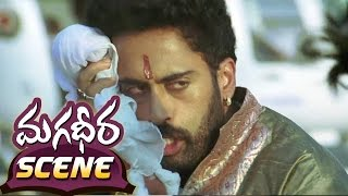 Ram Charan Ultimate Fight With Dev Gill (Helicopter Fight) || Magadheera Telugu Movie