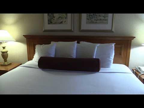 Hotel room tour: Harrah's Reno, in Reno. Nevada