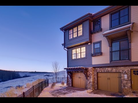182 Ascot Point SW - Stunning Calgary Townhome