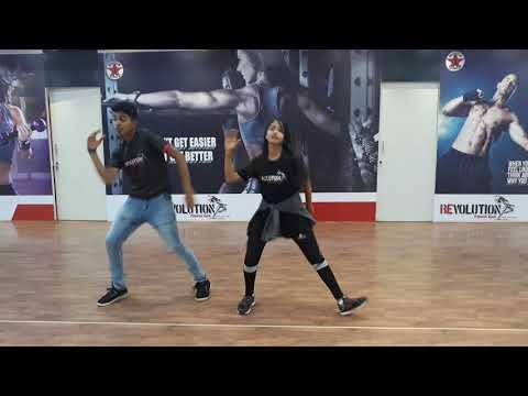 Neethoni dance by priyanka pattar and sahil@Revolution fitness studio
