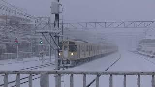 西武鉄道2051F 各停本川越行 雪の新所沢到着