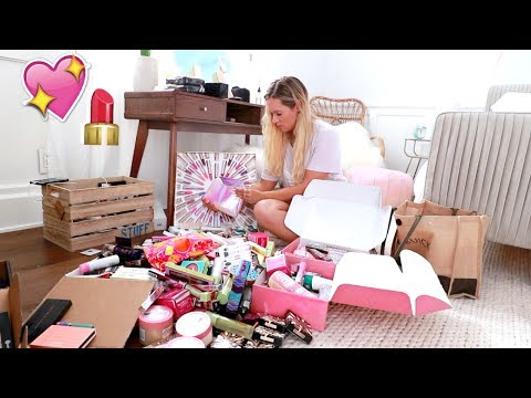 Organizing My Makeup! AlishaMarieVlogs