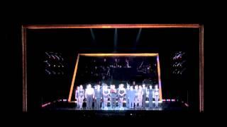 大阪公演11月23日夜公演のブロードウェイミュージカル「シカゴ」宝塚歌...