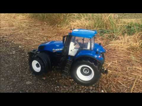 82026 RC model Farm Tractor New Holland from Maisto