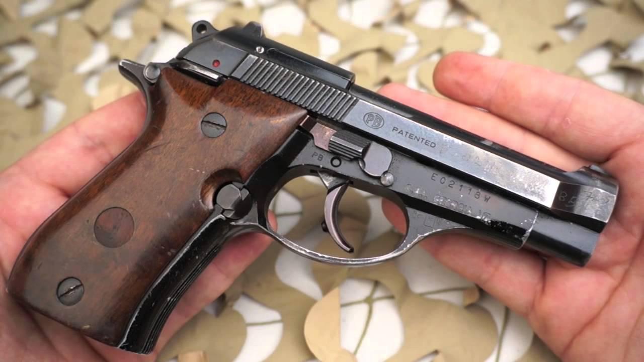 Beretta Model 81 Bb 32 Acp Semi Auto Pistol Overview Texas Gun Blog Youtube