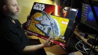 """Revell/finemolds 1/72 """"Master Series"""" Millennium Falcon. UNBOXING & OUT OF BOX REVIEW!"""