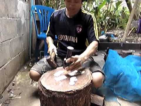 Making Hill Tribe Silver 1.m4v