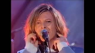 """DAVID BOWIE - """"Wild Is The Wind"""" & """"Starman"""" (HQ) TFI Friday 2000"""