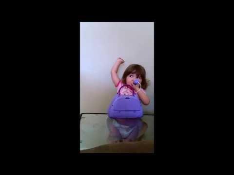 Toddler has epic singing debut