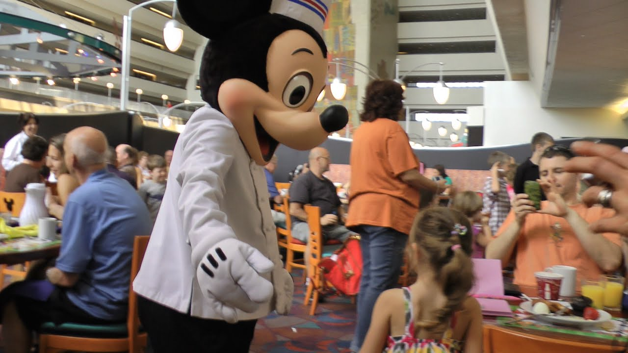 Chef Mickey S Character Dining In Disney Contemporary Resort Hd 1080p You