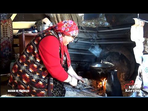 Sultan Bacı Türküleriyle  Köy Kadınlarının Yüreklerine Dokundu. Ela Gözlerine Kurban Olduğum