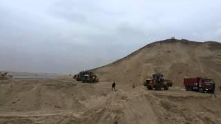 ونش عملاق بموقع حفر البلاح 19فبراير2015