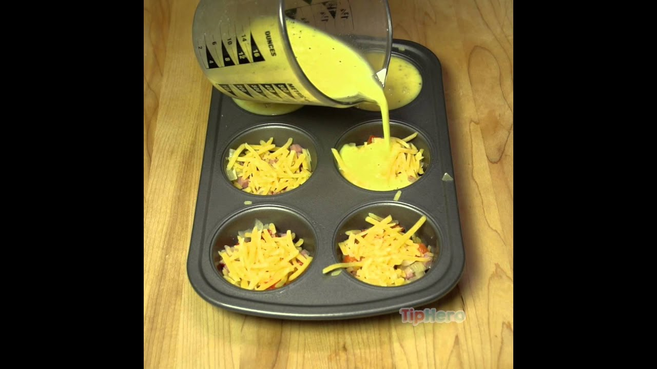 baked omelet in muffin tin