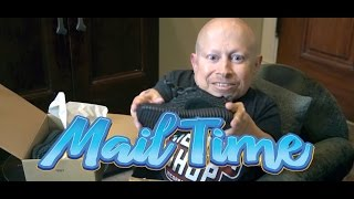 mailtime 9 unboxing with verne troyer adidas yeezy boost 350