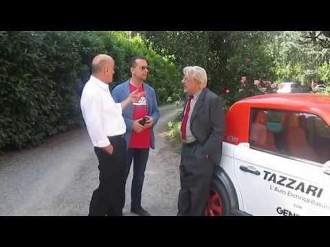 Giancarlo Giannini e Ivano Marescotti scoprono le auto elettriche Tazzari :-D
