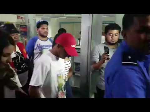 Llegada a Nicaragua de Román González tras derrota ante Rungvisai