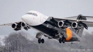 titan airways bae 146 takeoff in snow hd