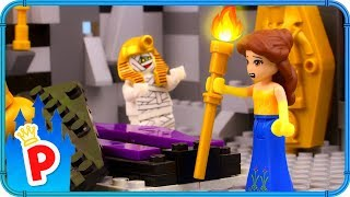 ♥ LEGO Belle Discovers a SECRET CHAMBER with a Mummy in the Library