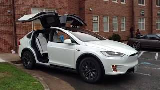 Tesla Model X Dancing!!!!! by Drivin
