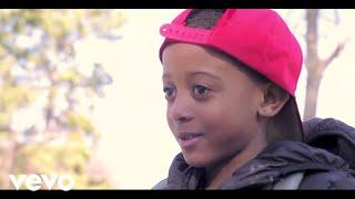 Смотреть клип Jacquees - Idgaf