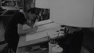 Gli 80 anni di Mary Quant, con la minigonna rivoluzionò la moda