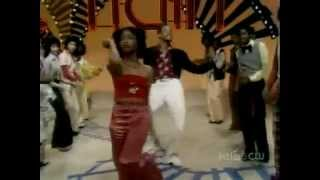 Soul Train Line 1975 (Rufus ft Chaka Khan - Once You Get Started)