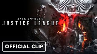 """Zack snyder debuted a new look at the justice league cut during ign fan fest. called """"the mother box origins"""", cg sequence shows heroes that m..."""