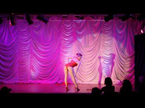 """Diamond DeVille performing """"Sweetest Perfection"""""""