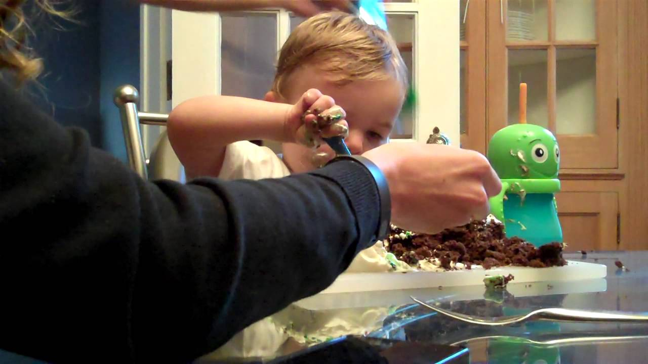 Cake For The 2 Year Old Birthday Boy Youtube