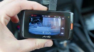 видеорегистратор Mio MiVue 698 - съемка на фронтальную и заднюю камеры