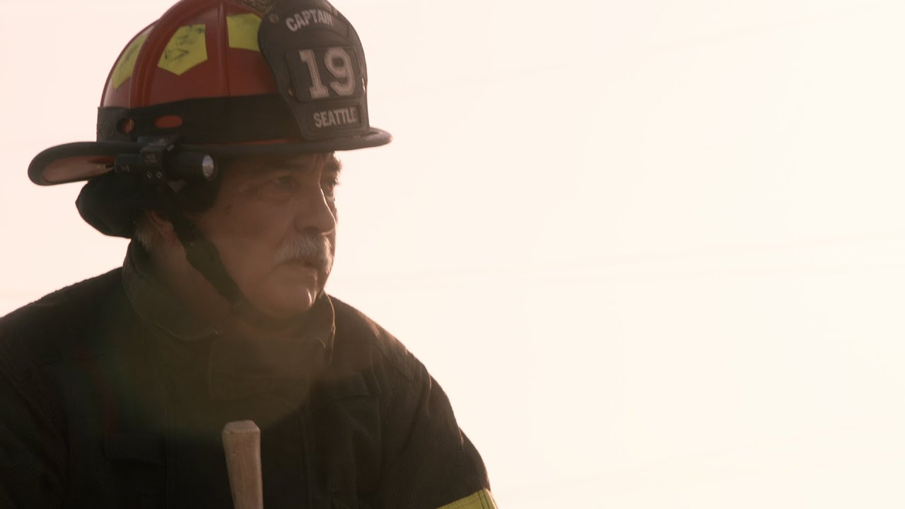 Download Pruitt Saves His Team - Station 19