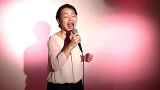 歌が大好き、歌って踊ることが大好きです! 歌って踊って全国に行くのが...