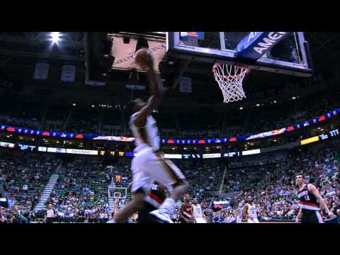 Jeremy Evans Springs to Finish the Deep Alley-Oop