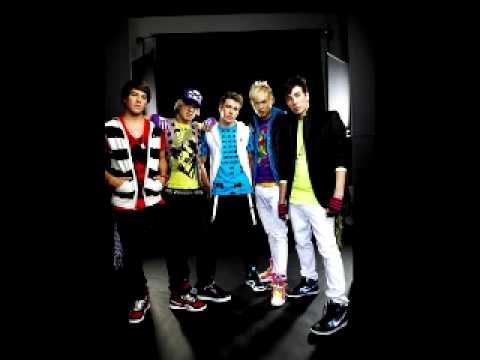 Download Picture Perfect - Varsity Fanclub [+lyrics & download]