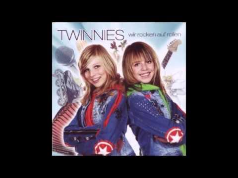 "Twinnies - ""Bayernmädels"""