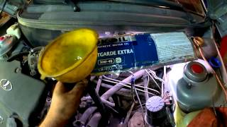 видео Сколько литров масла нужно заливать в двигатель ВАЗ-2115 (инжектор)