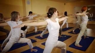 Yoga IF School (Ukraine)(Yoga IF School (Ukraine) Івано-Франківська школа йоги 2012 рік www.yogaifschool.com http://vk.com/yogaifschool http://www.facebook.com/yogaifschool ..., 2012-02-03T21:30:39.000Z)