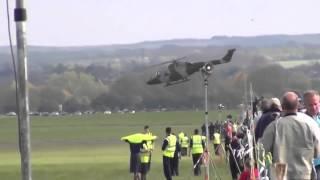 Вертолет Выполняет Фигуры Высшего Пилотажа. Helicopter Aerobatics